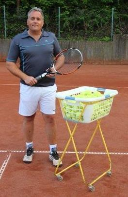 Helmut Karl: Tennistrainer des TV Rellinghausen Tennis